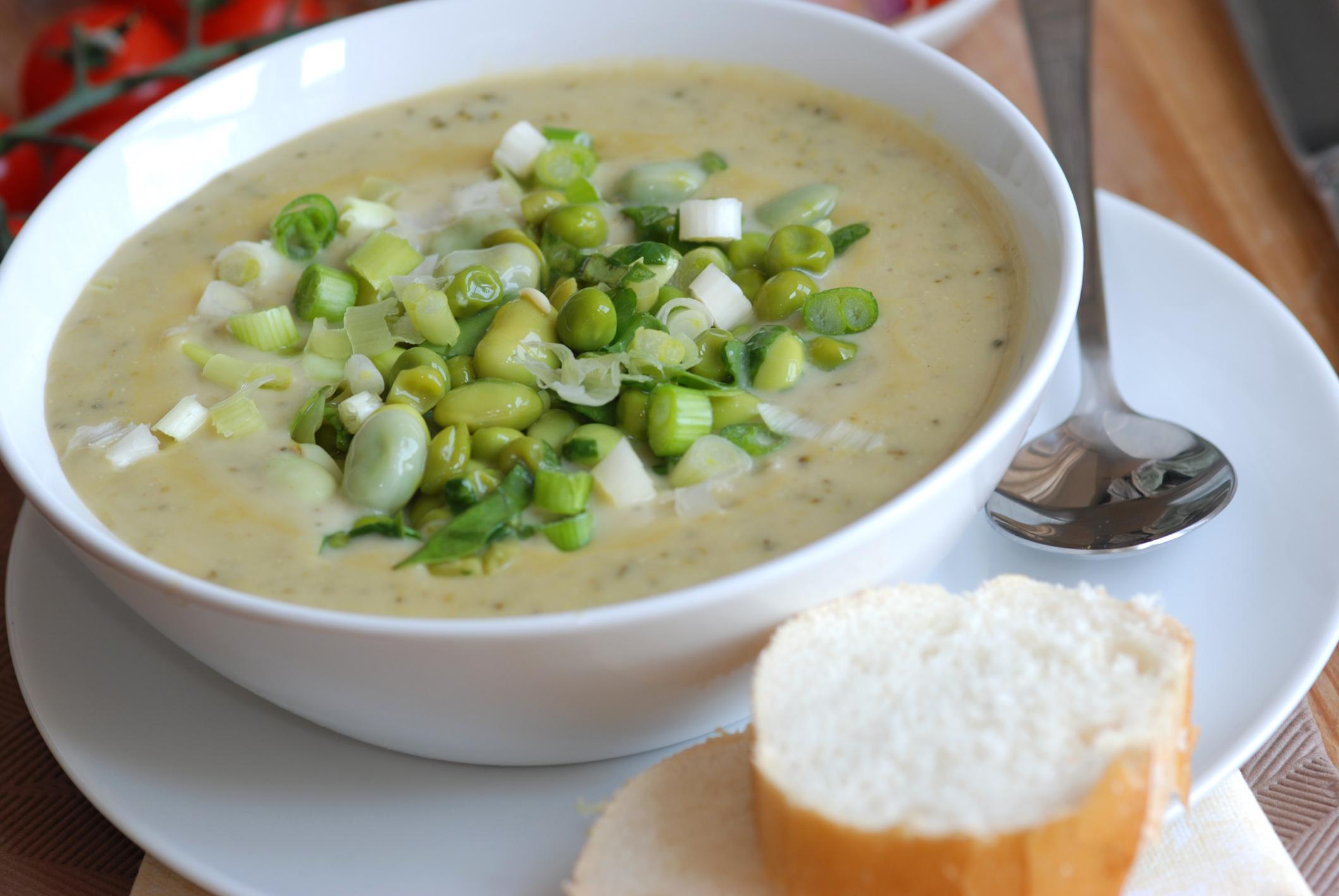 Edamame and pea soup