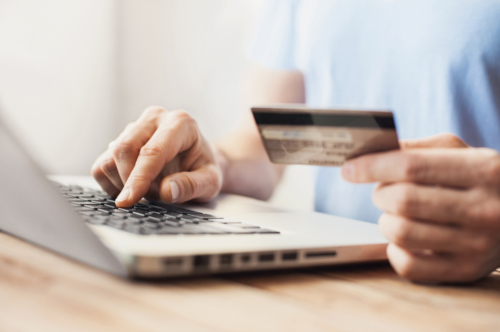 Don't Pay Your Credit Card Bill Early